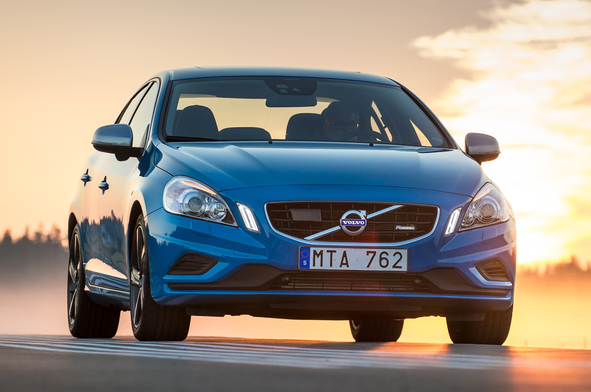 first drive 2013 volvo s60 polestar automobile magazine. Black Bedroom Furniture Sets. Home Design Ideas
