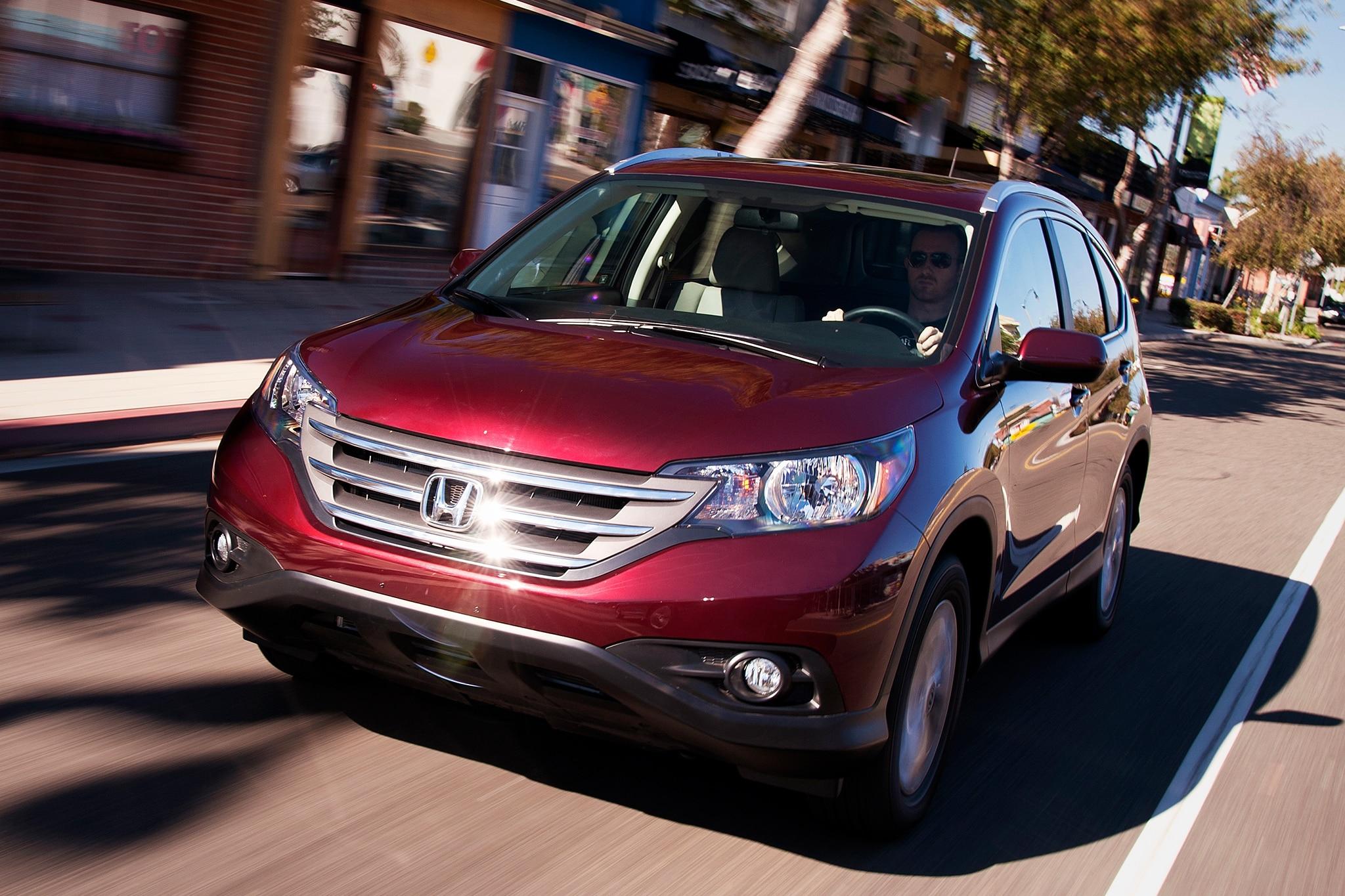Honda Cr V Toyota Rav4 Move Up In July Cuv Sales