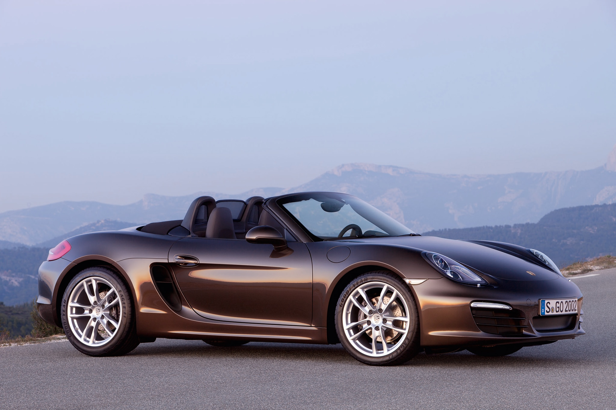 Roadster Roundup: Porsche Boxster S Vs. Mercedes-Benz