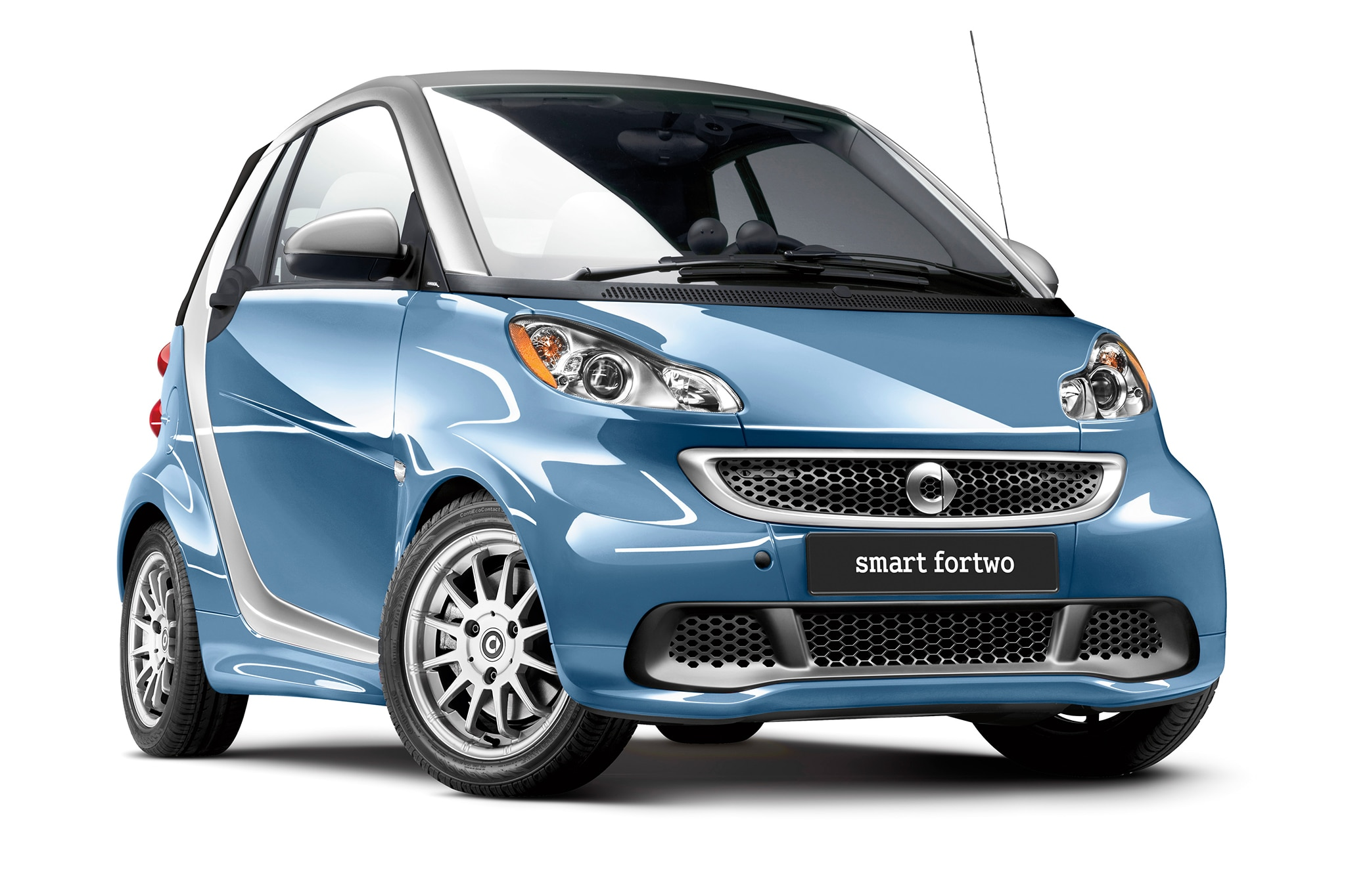 2014 smart fortwo test mule caught on the road. Black Bedroom Furniture Sets. Home Design Ideas
