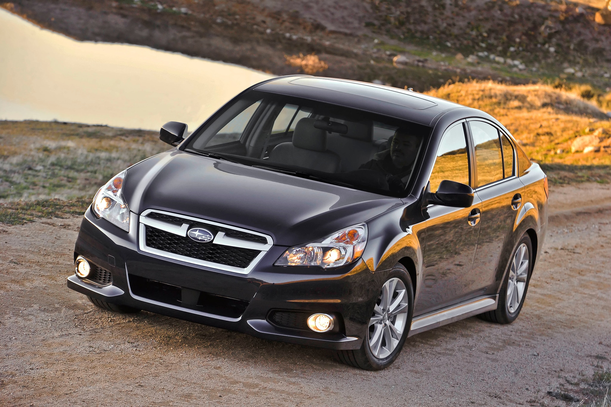2014 subaru legacy outback undercut competitions prices 2013 subaru legacy vanachro Images