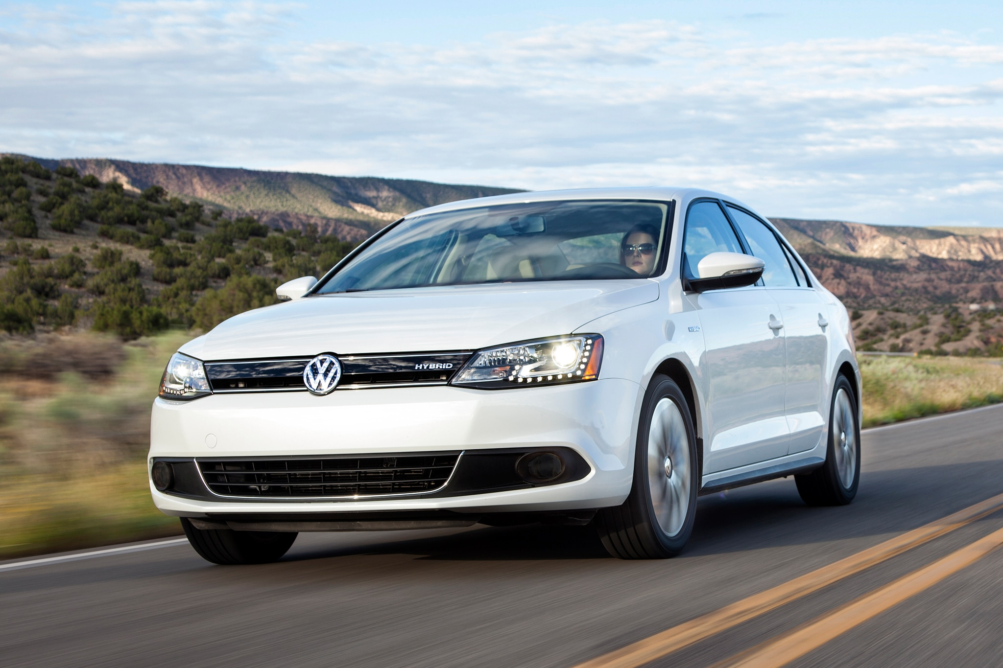 2014 volkswagen jetta gains independent rear suspension 1 8t engine. Black Bedroom Furniture Sets. Home Design Ideas
