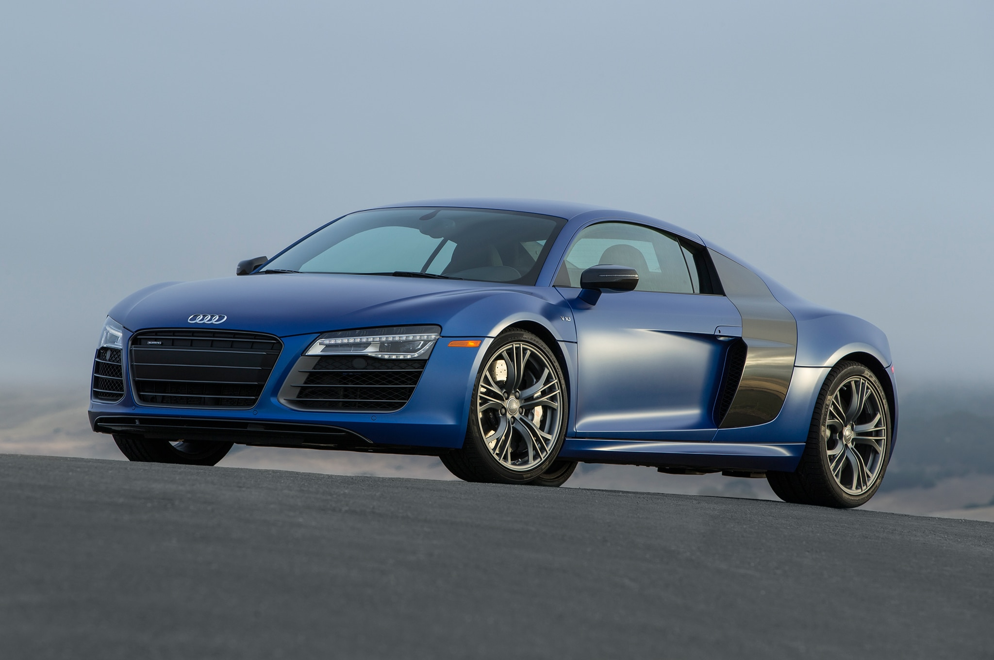 2014 audi r8 spyder r8 v10 and r8 v10 plus automobile magazine. Black Bedroom Furniture Sets. Home Design Ideas