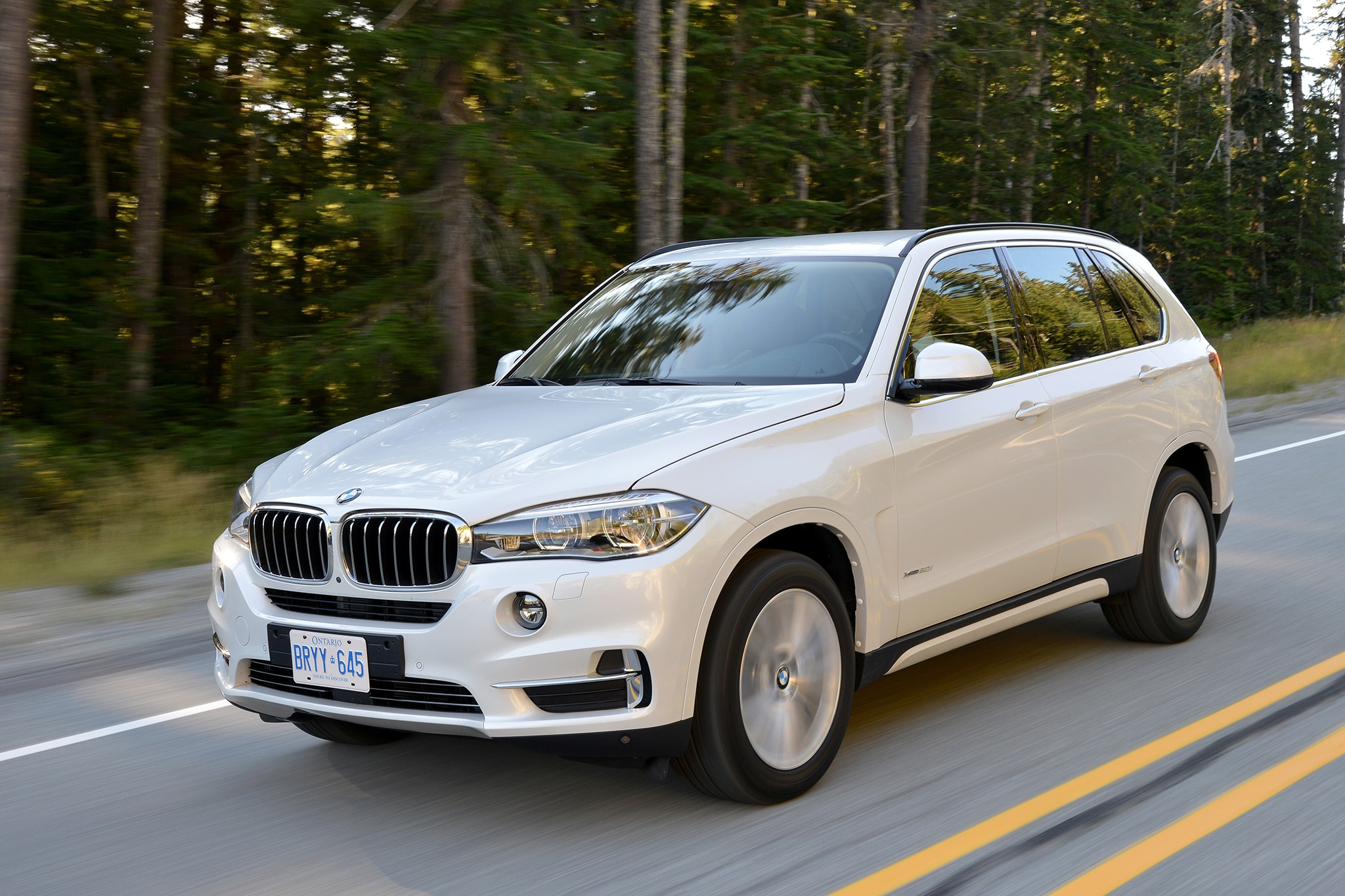 2014 bmw x5 first drive automobile magazine. Black Bedroom Furniture Sets. Home Design Ideas