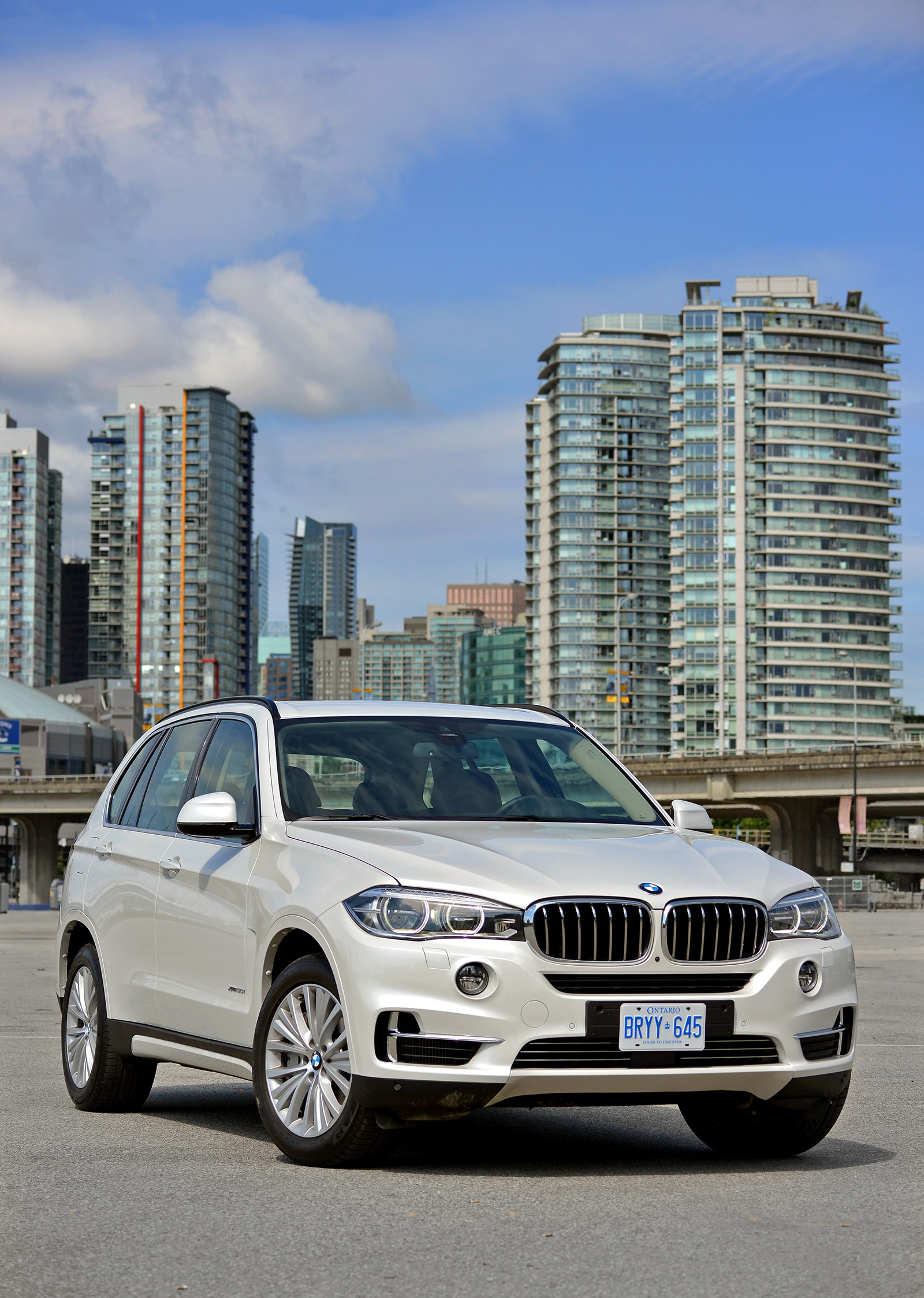 2014 bmw x5 available with m performance parts automobile magazine. Black Bedroom Furniture Sets. Home Design Ideas