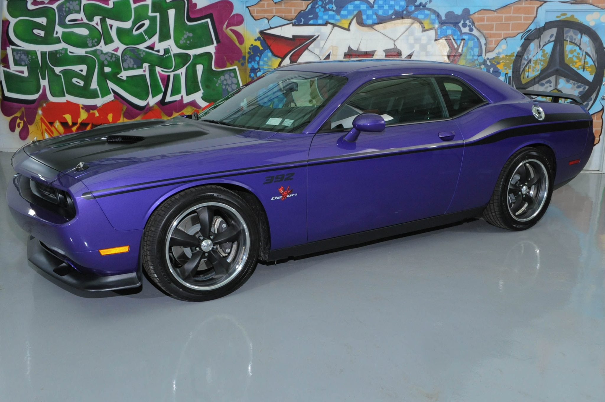 srt adds satin vapor editions for 300 challenger and charger srt models automobile magazine. Black Bedroom Furniture Sets. Home Design Ideas