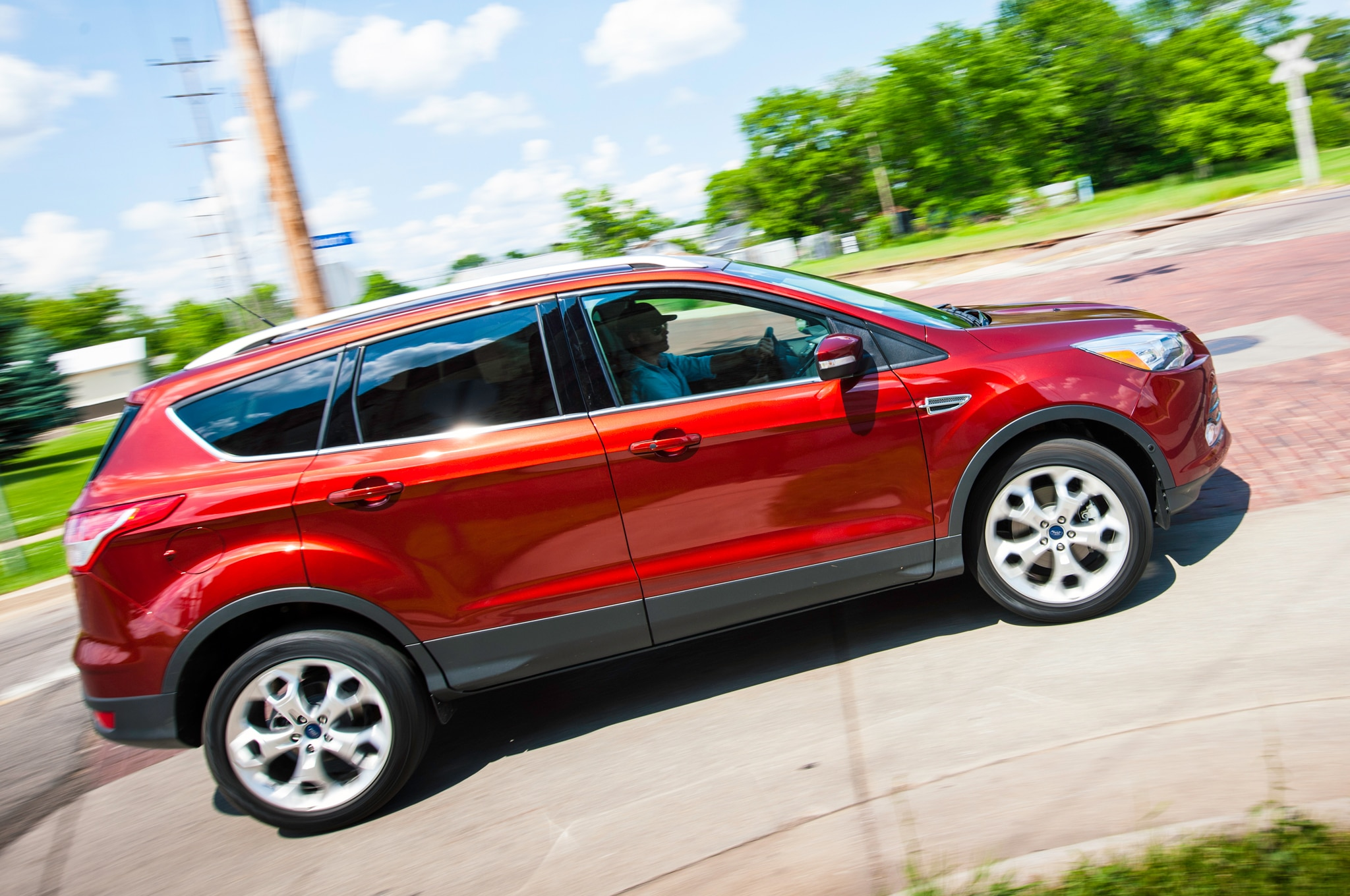 ford august 2014 sales rise 0 4 percent as fusion escape gain. Black Bedroom Furniture Sets. Home Design Ideas