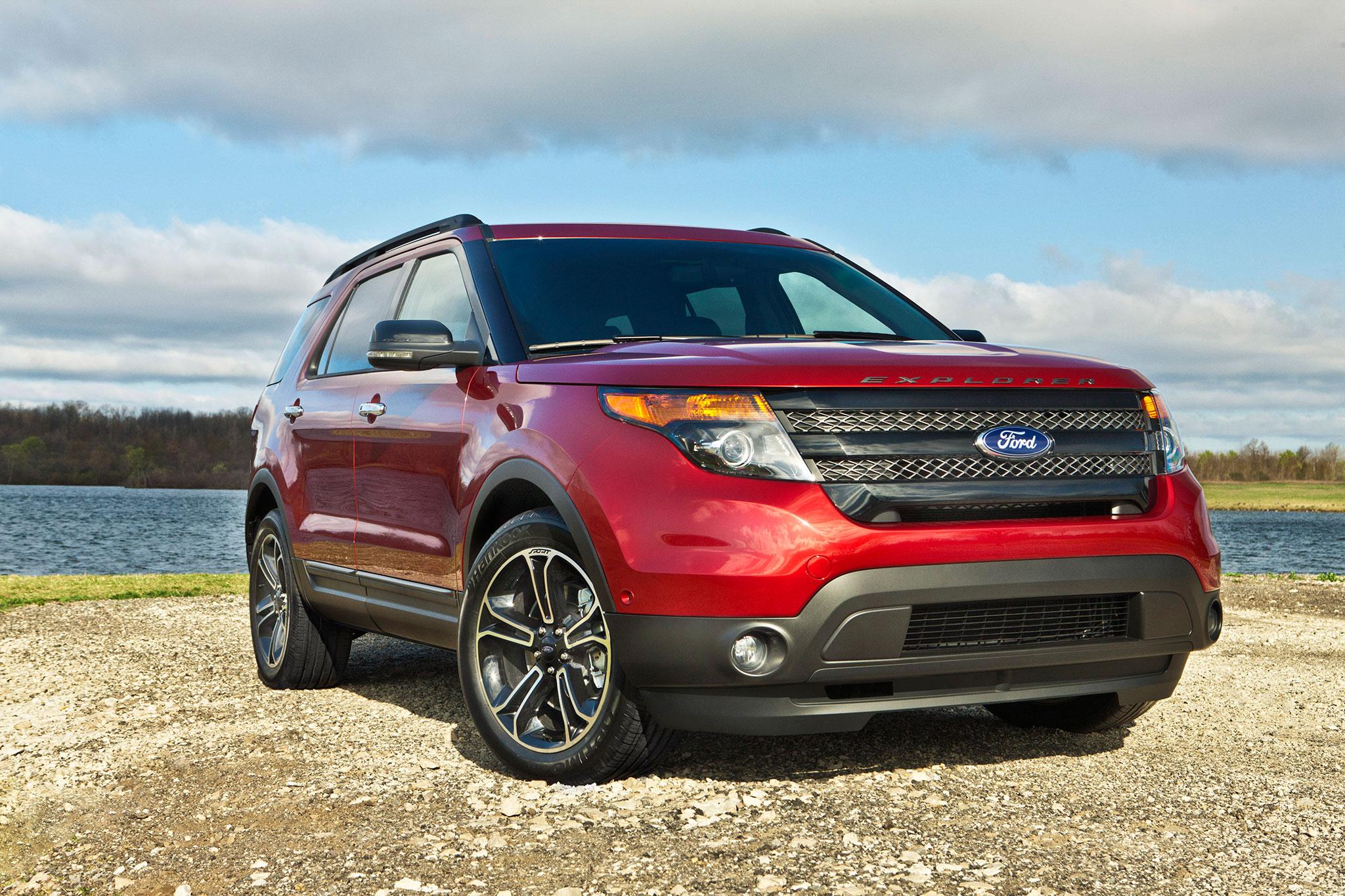 2015 ford explorer gets sporty appearance package automobile. Black Bedroom Furniture Sets. Home Design Ideas