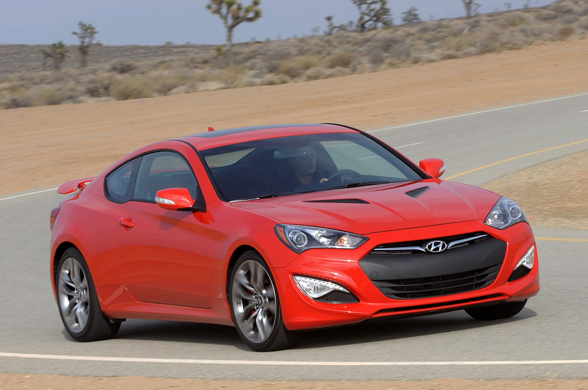 2015 hyundai genesis spied without camouflage. Black Bedroom Furniture Sets. Home Design Ideas