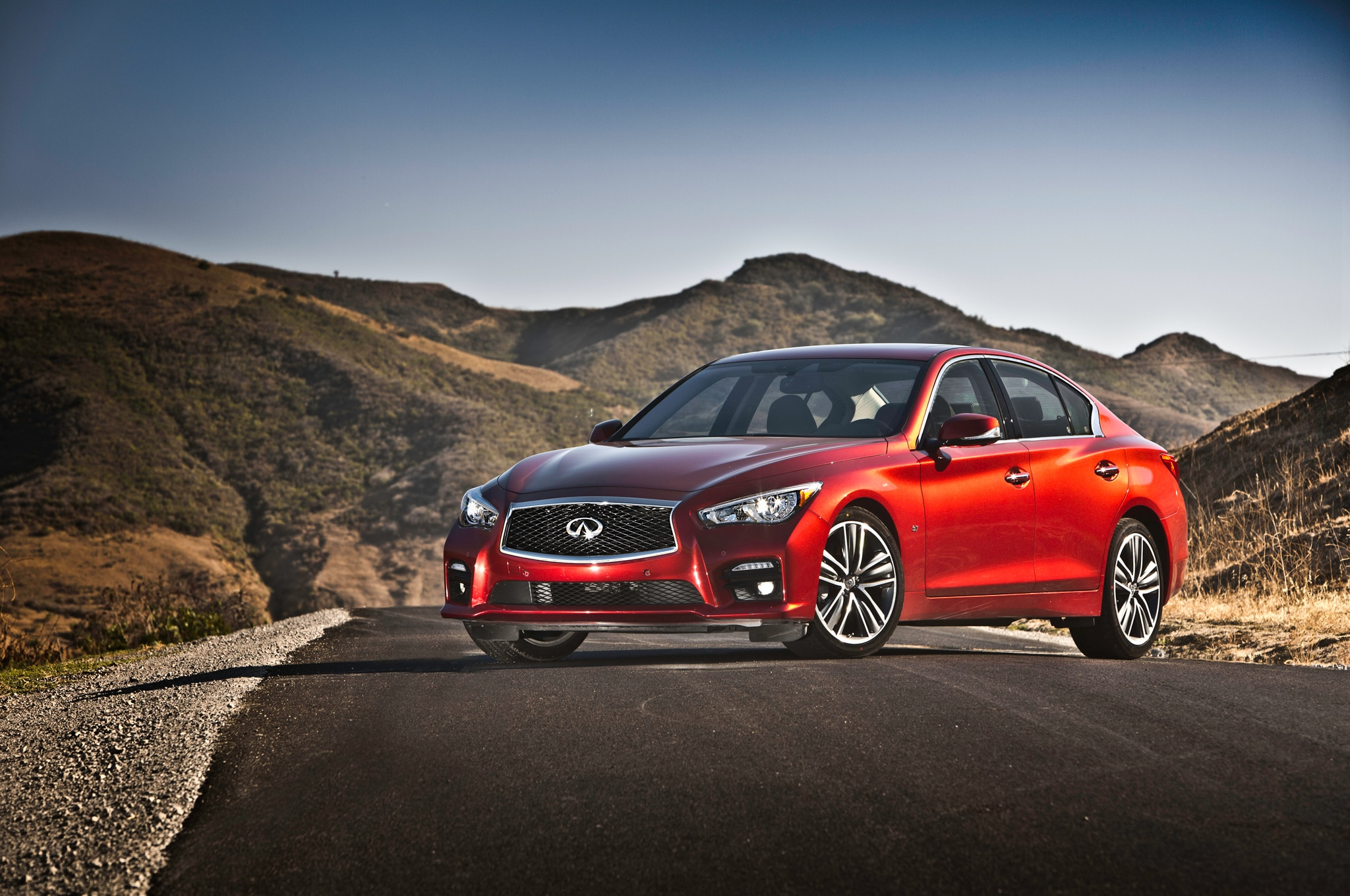 infiniti q50 eau rouge powered by 3 8l turbo v 6 automobile magazine. Black Bedroom Furniture Sets. Home Design Ideas