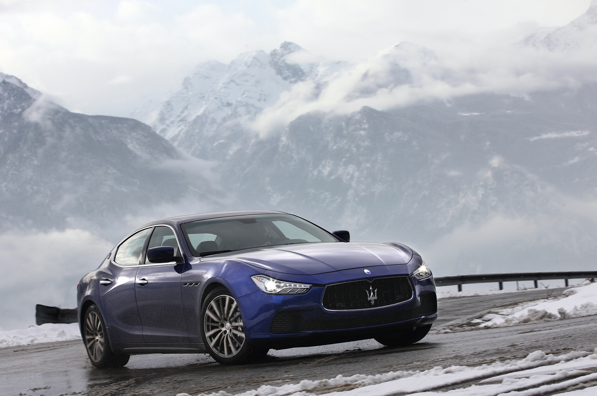 maserati hoping for big season from ghibli automobile magazine. Black Bedroom Furniture Sets. Home Design Ideas