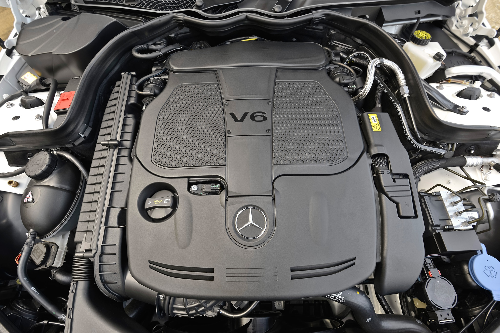 2013 14 mercedes benz c300 4matic fuel economy revised by epa for Mercedes benz c300 engine