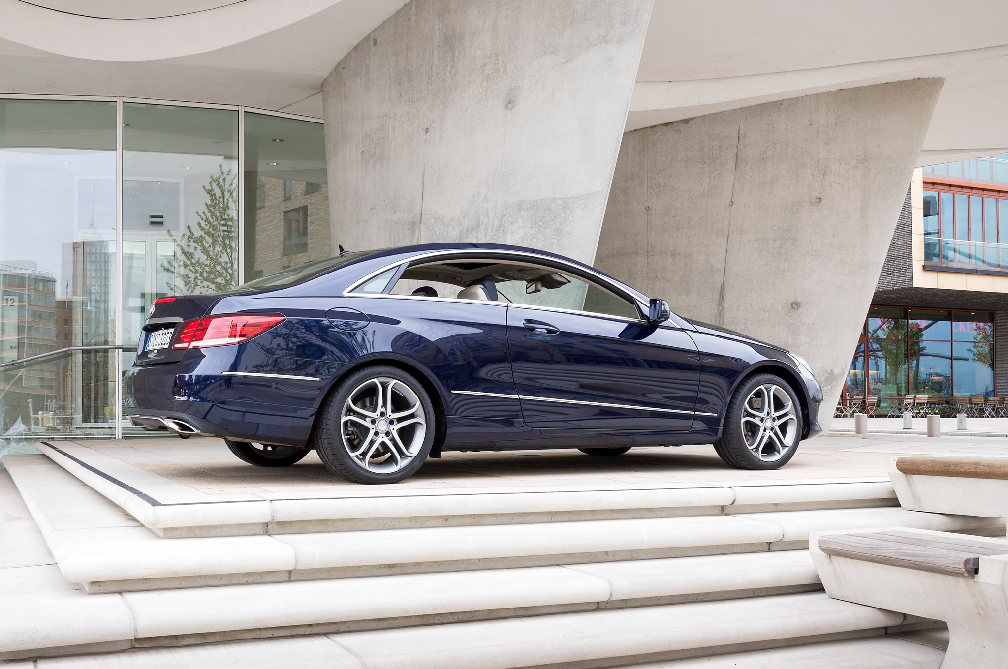 First look 2014 mercedes benz e class coupe and cabriolet for Mercedes benz e coupe 2014