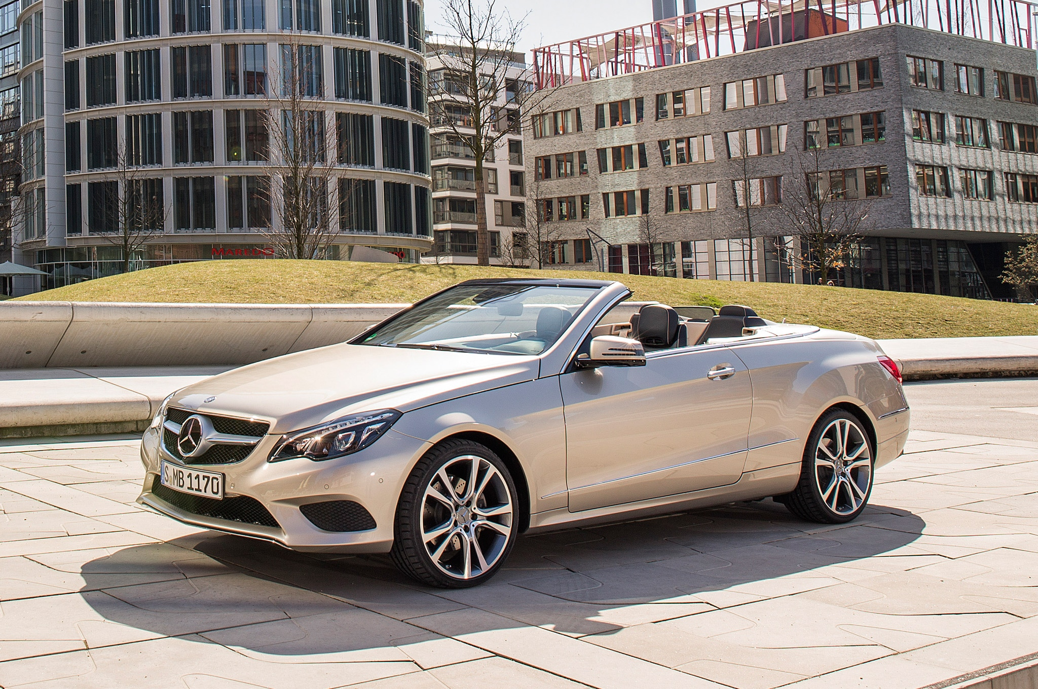 reviews e rear mercedes angular convertible class en trend motor cars canada benz and rating