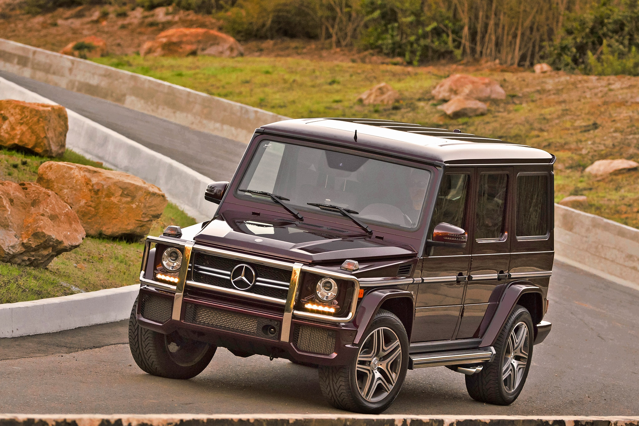 mansory modifies mercedes benz g63 amg 6x6 automobile