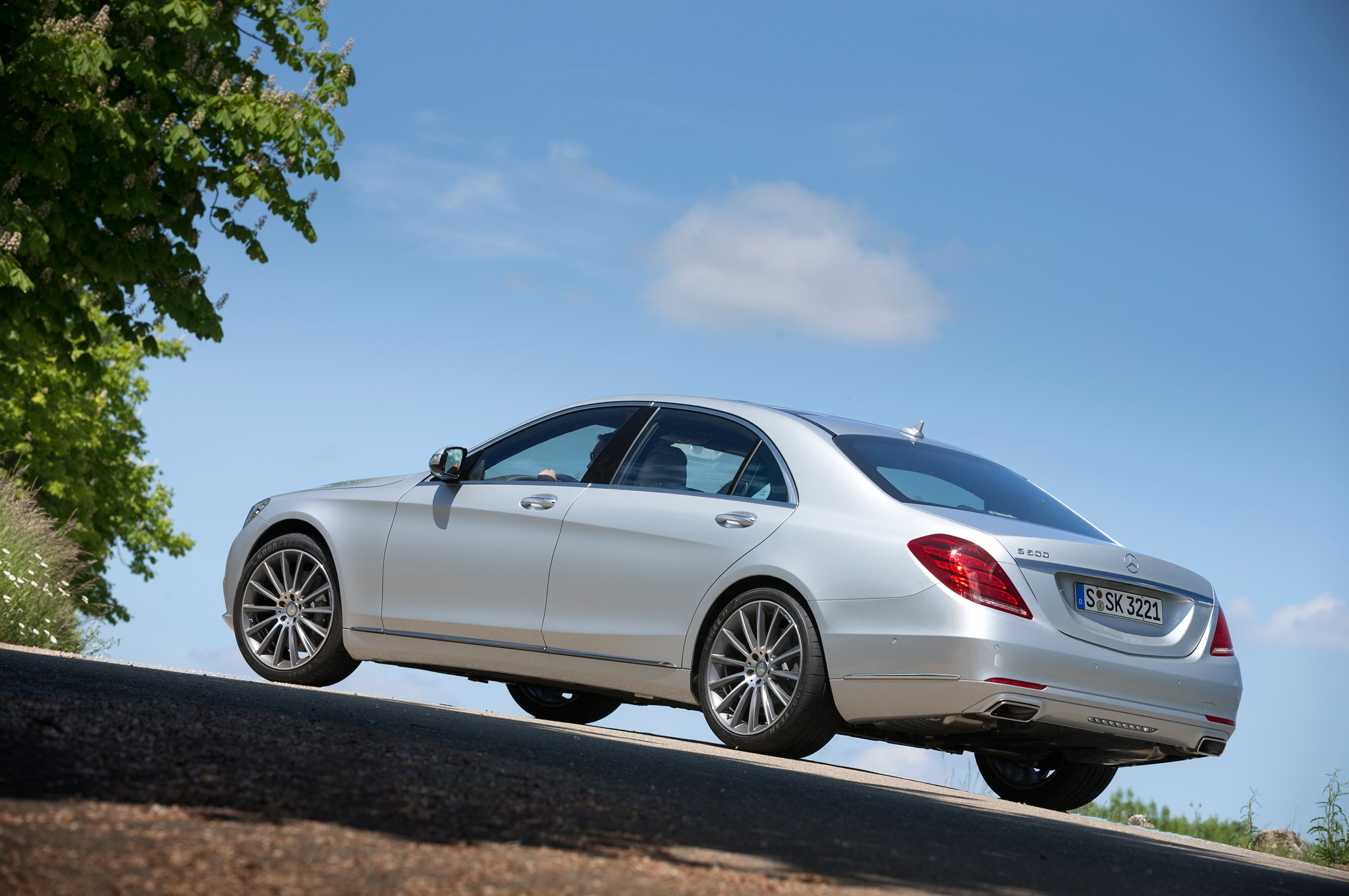 2014 mercedes benz s63 amg first drive automobile magazine for Mercedes benz s63 amg 2014