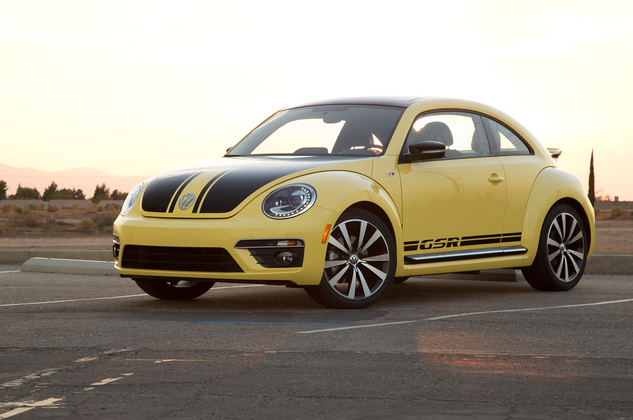 chicago 2014 volkswagen beetle will compete in global rallycross automobile magazine. Black Bedroom Furniture Sets. Home Design Ideas