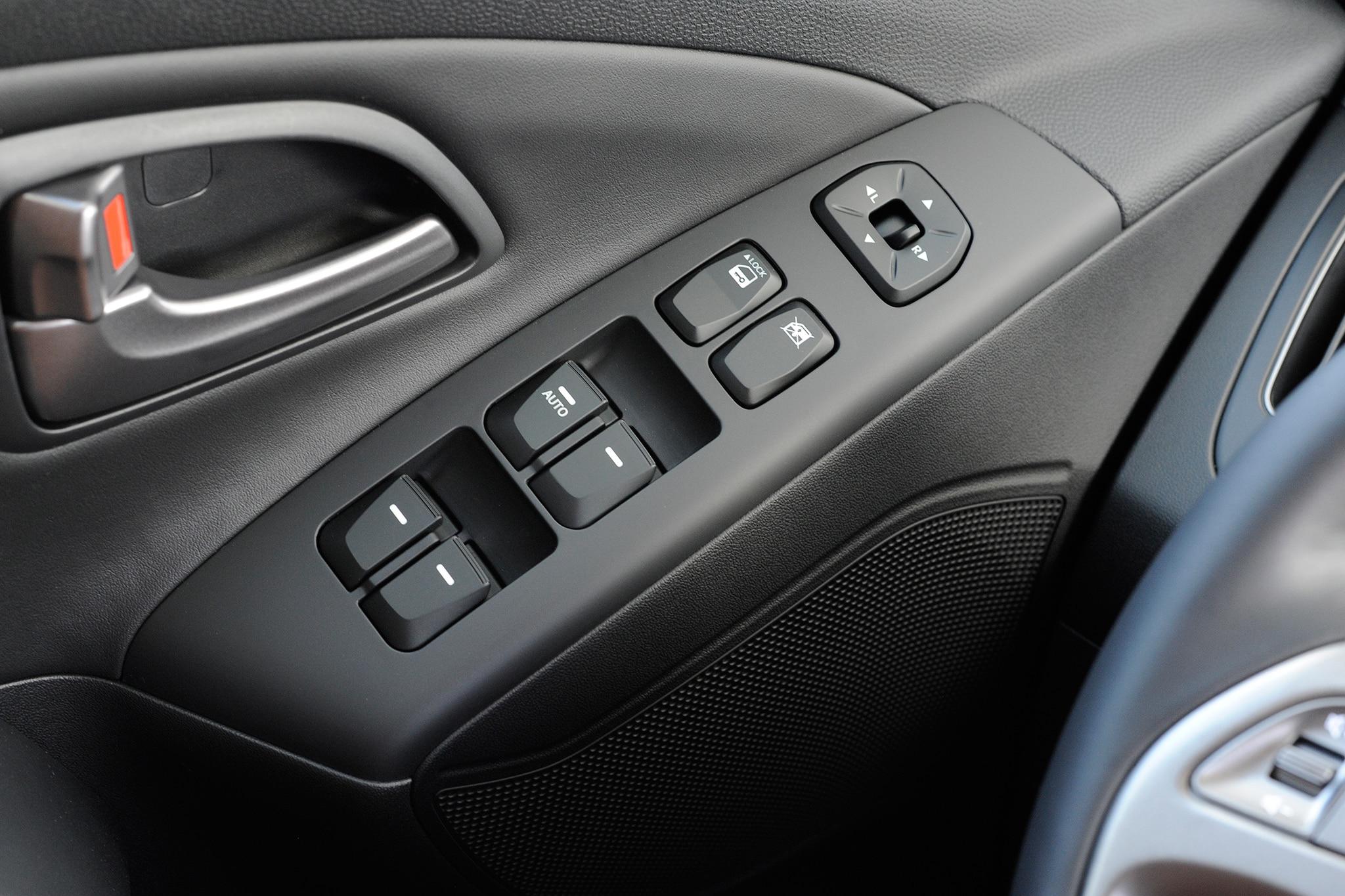 2014 hyundai tucson fuel cell debuts at 2013 los angeles auto show automobile magazine