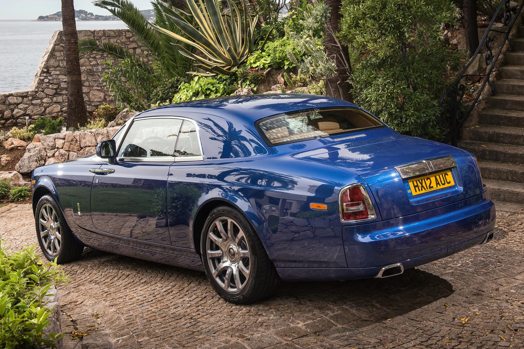 2014 Rolls-Royce Phantom: Around The Block