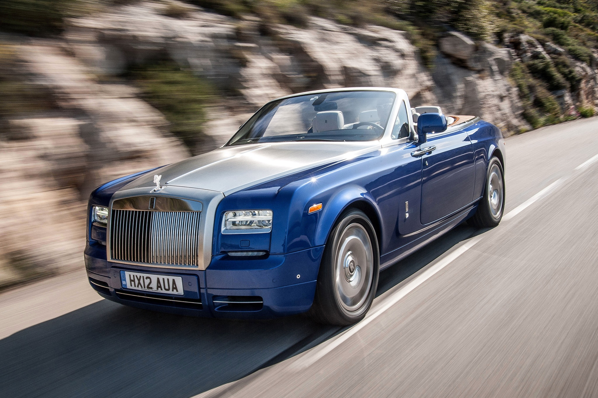 rolls royce bespoke creates maharaja drophead coupe. Black Bedroom Furniture Sets. Home Design Ideas