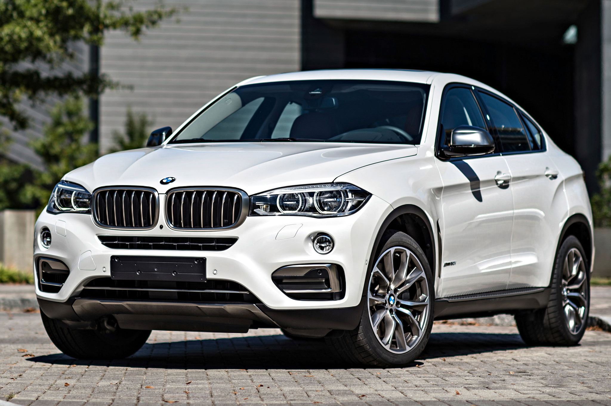 2015 bmw x6 m review. Black Bedroom Furniture Sets. Home Design Ideas