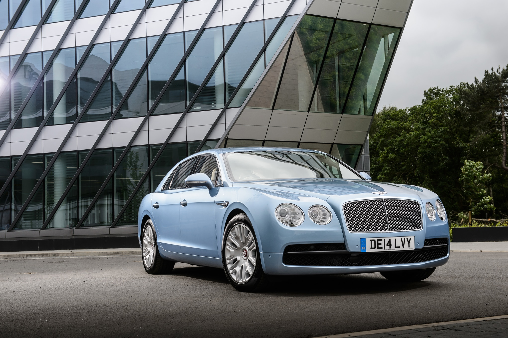 Driving A 2015 Bentley Flying Spur To Canada For Candy