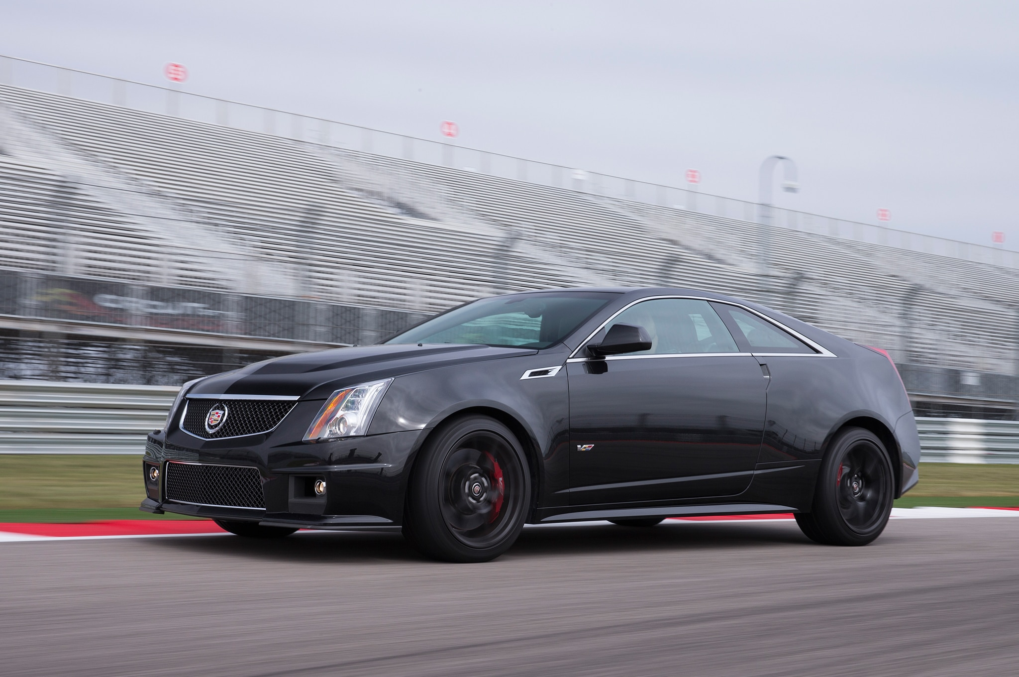 2015 cadillac cts v coupe special edition announced. Black Bedroom Furniture Sets. Home Design Ideas
