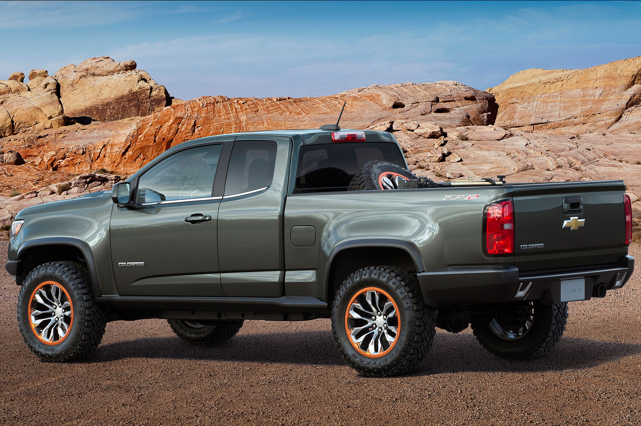 2015 chevrolet colorado zr2 concept rear side view
