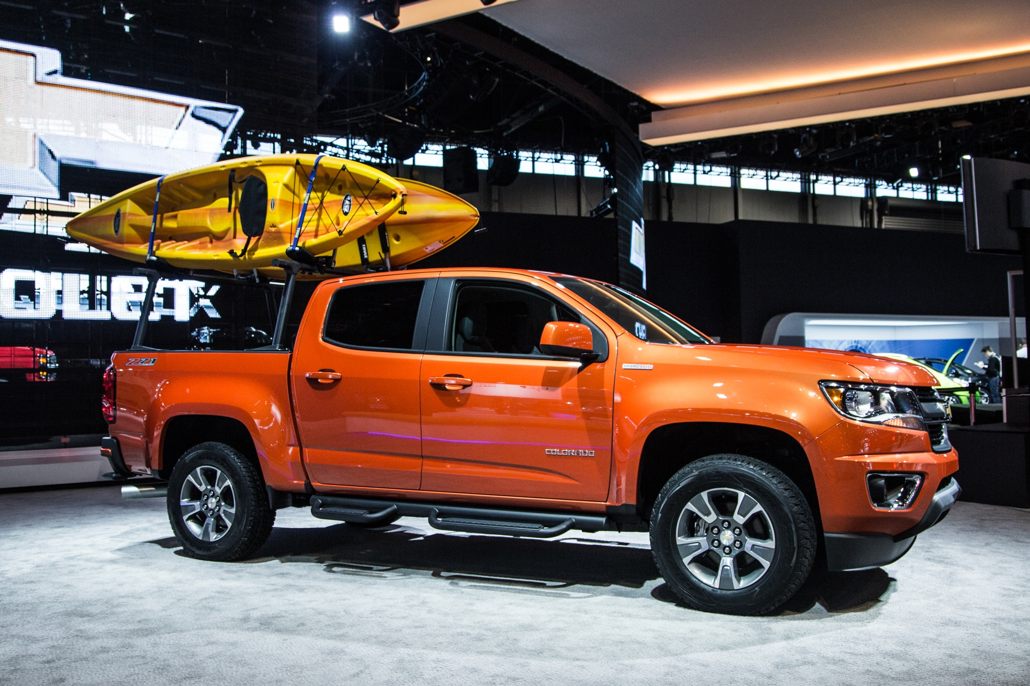 2015 chevrolet colorado and 2015 gmc canyon review. Black Bedroom Furniture Sets. Home Design Ideas