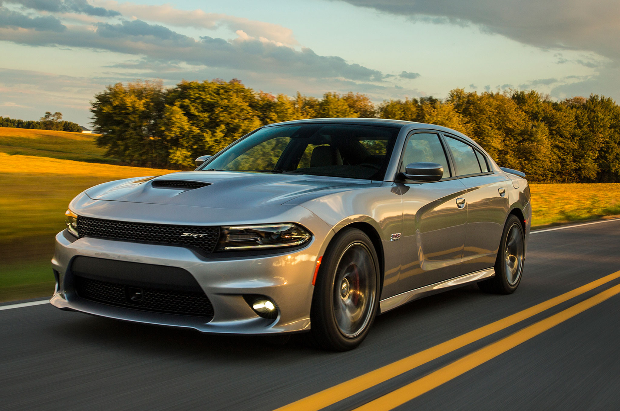 2015 Dodge Charger SRT 392 Front Three Quarter View In Motion 2. 13|250.  2015 Dodge Charger ...