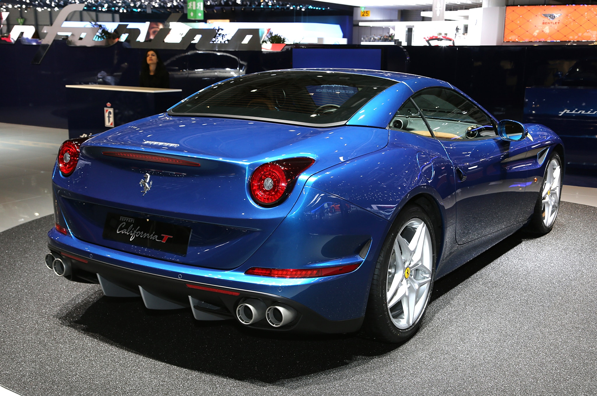 2016 ferrari california t adds handling speciale package. Black Bedroom Furniture Sets. Home Design Ideas