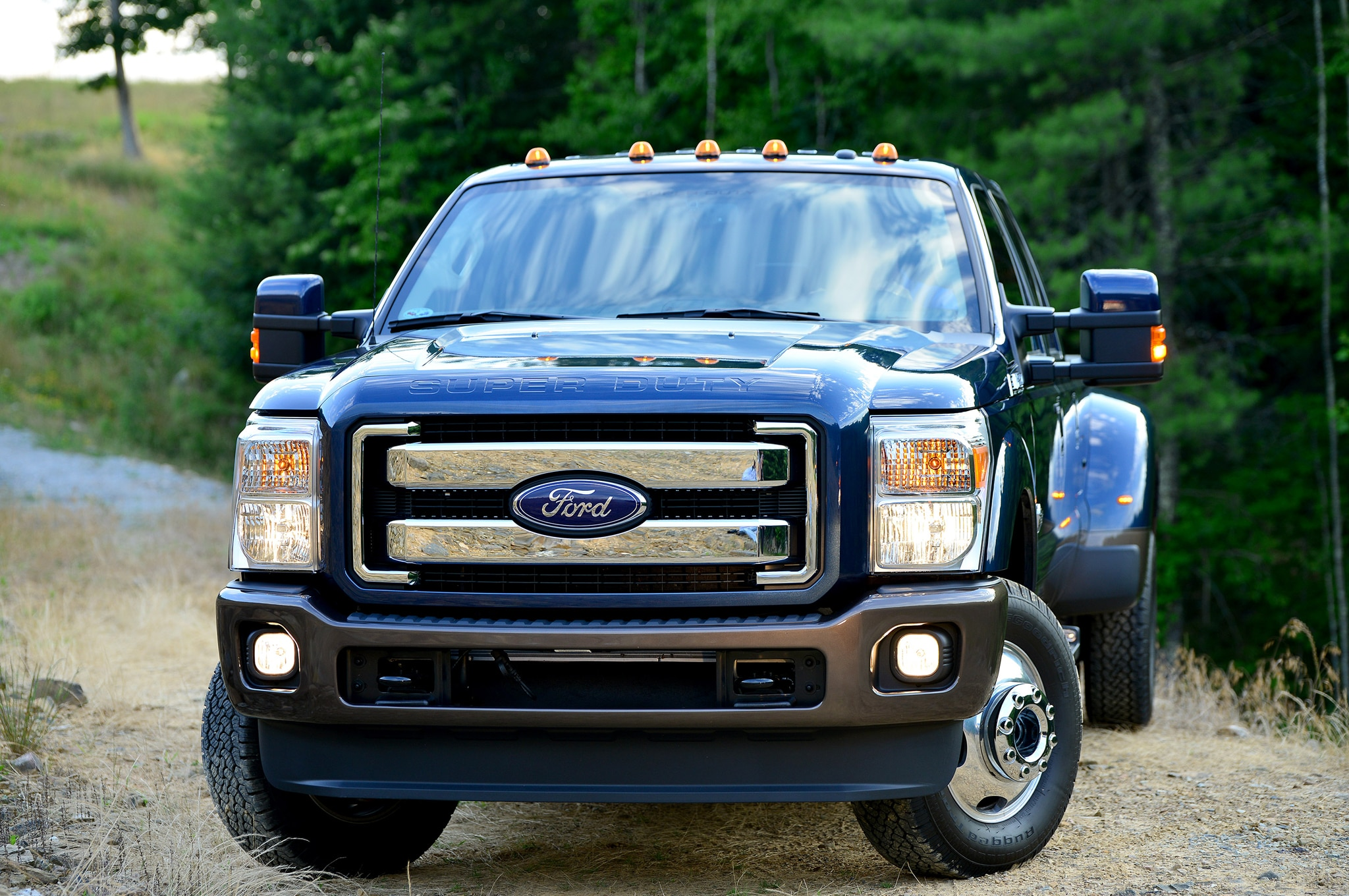 2015 ford f series super duty first look automobile magazine. Black Bedroom Furniture Sets. Home Design Ideas