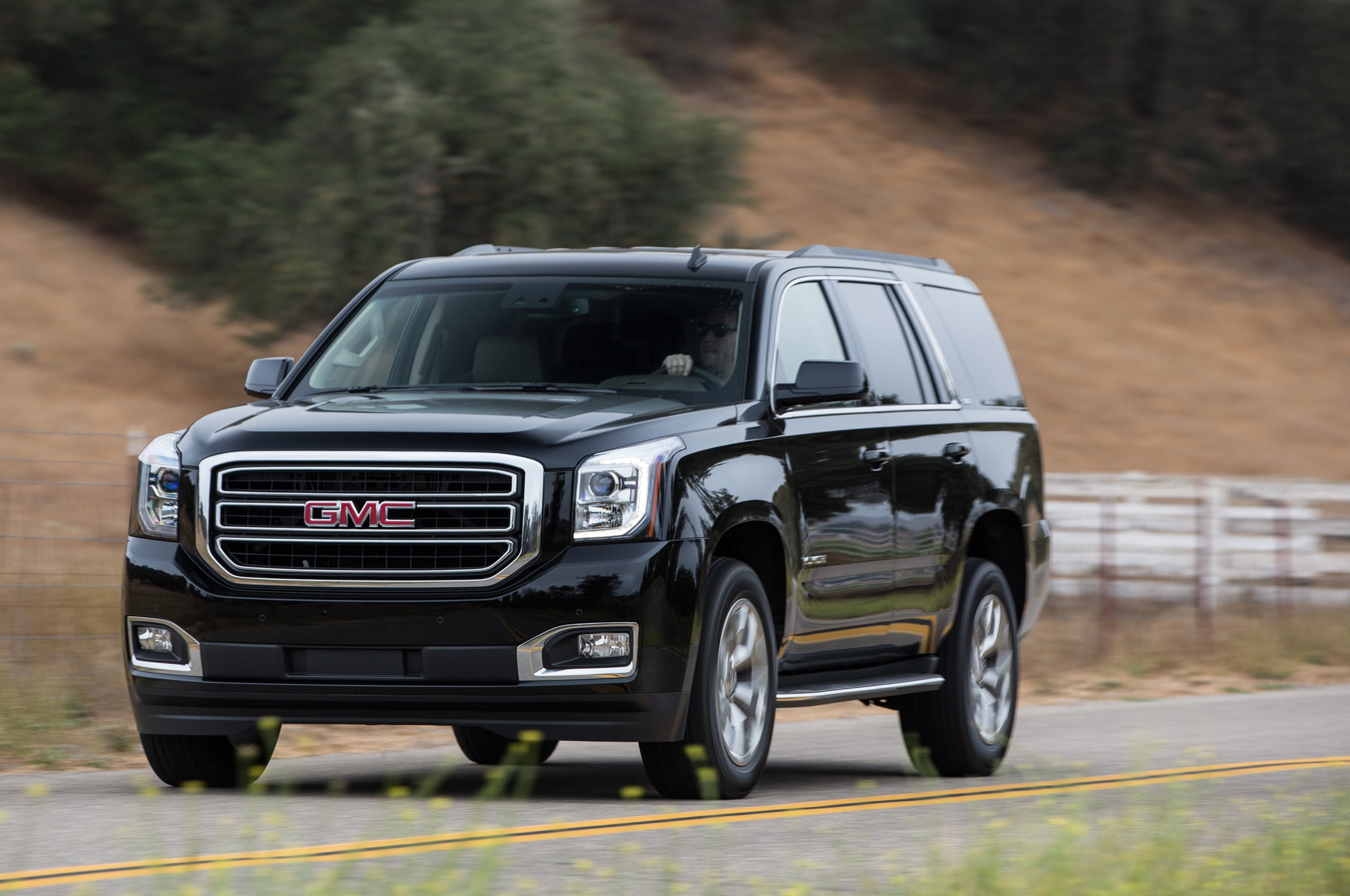 2015 gmc yukon and yukon xl review automobile magazine. Black Bedroom Furniture Sets. Home Design Ideas
