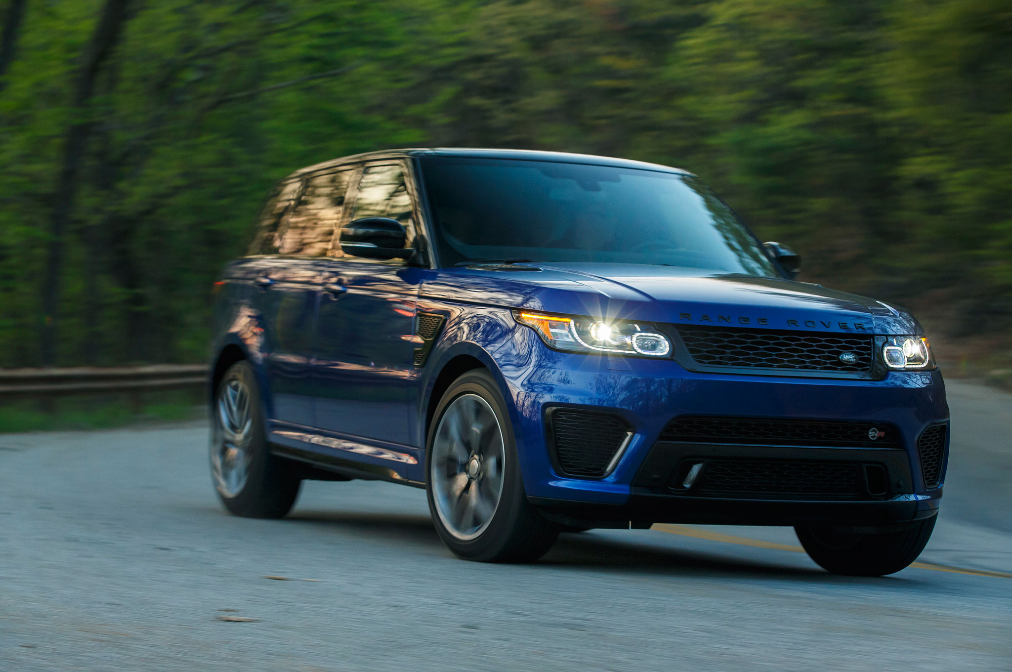 2015 land rover range rover sport svr review automobile magazine. Black Bedroom Furniture Sets. Home Design Ideas