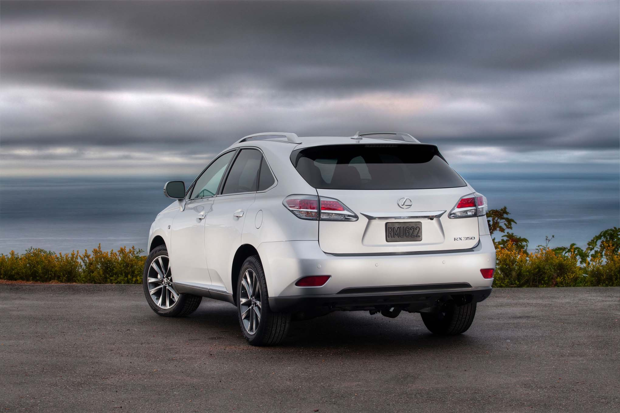 base lexus photos wheel photo rx features front drive suv reviews price
