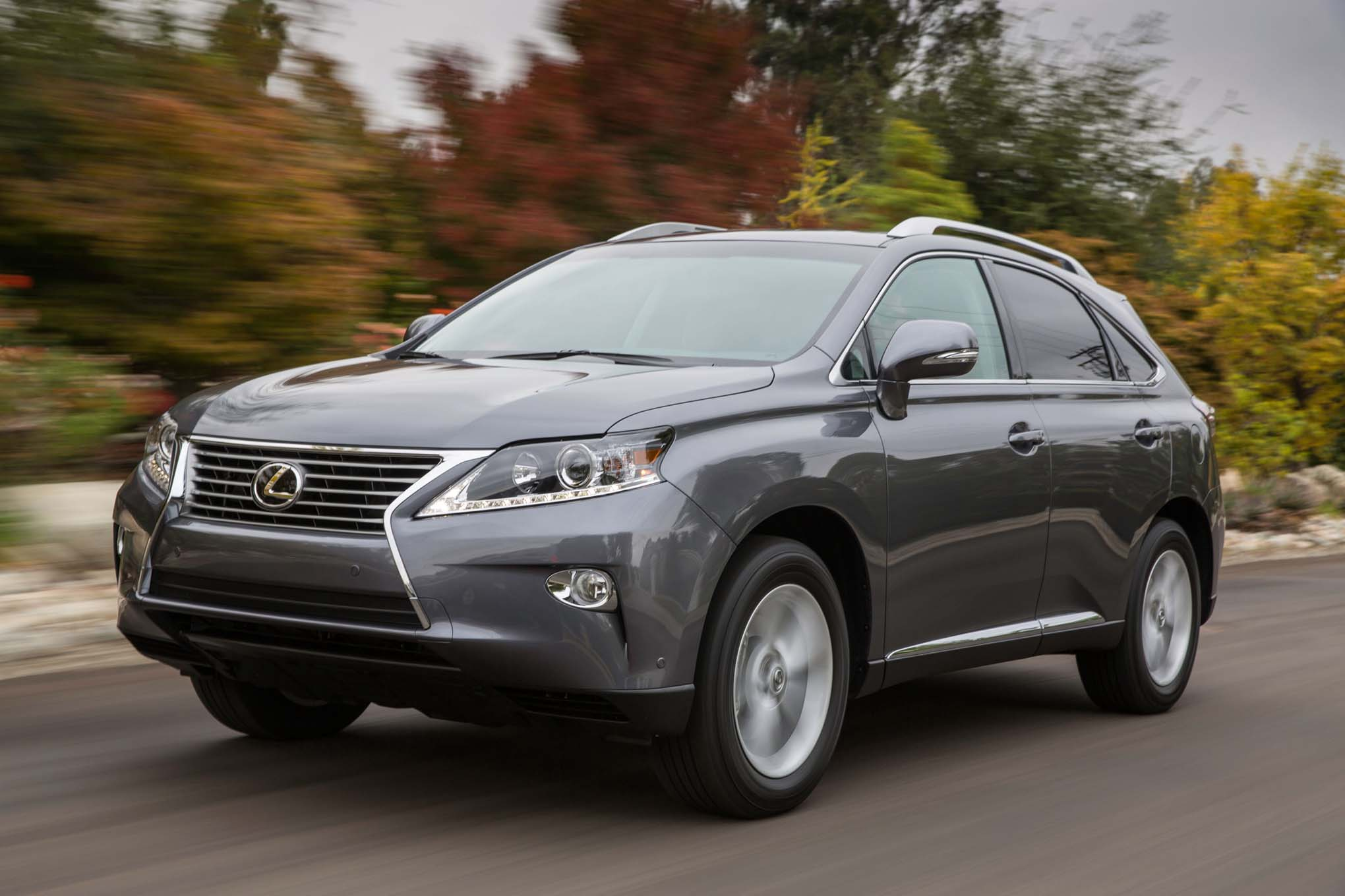 http://st.automobilemag.com/uploads/sites/10/2015/09/2015-Lexus-RX-350-front-three-quarter-in-motion.jpg