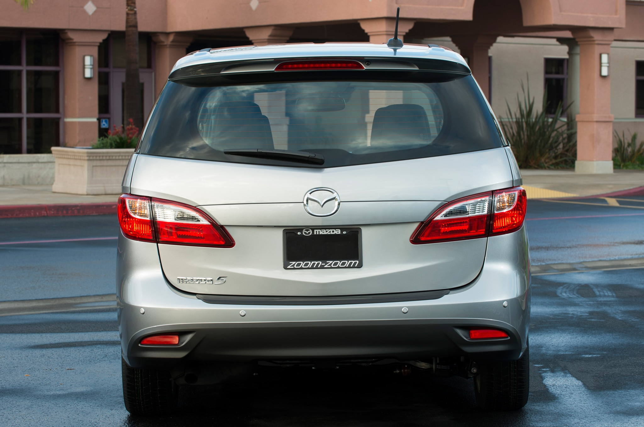 mazda5 minivan discontinued no replacement planned. Black Bedroom Furniture Sets. Home Design Ideas