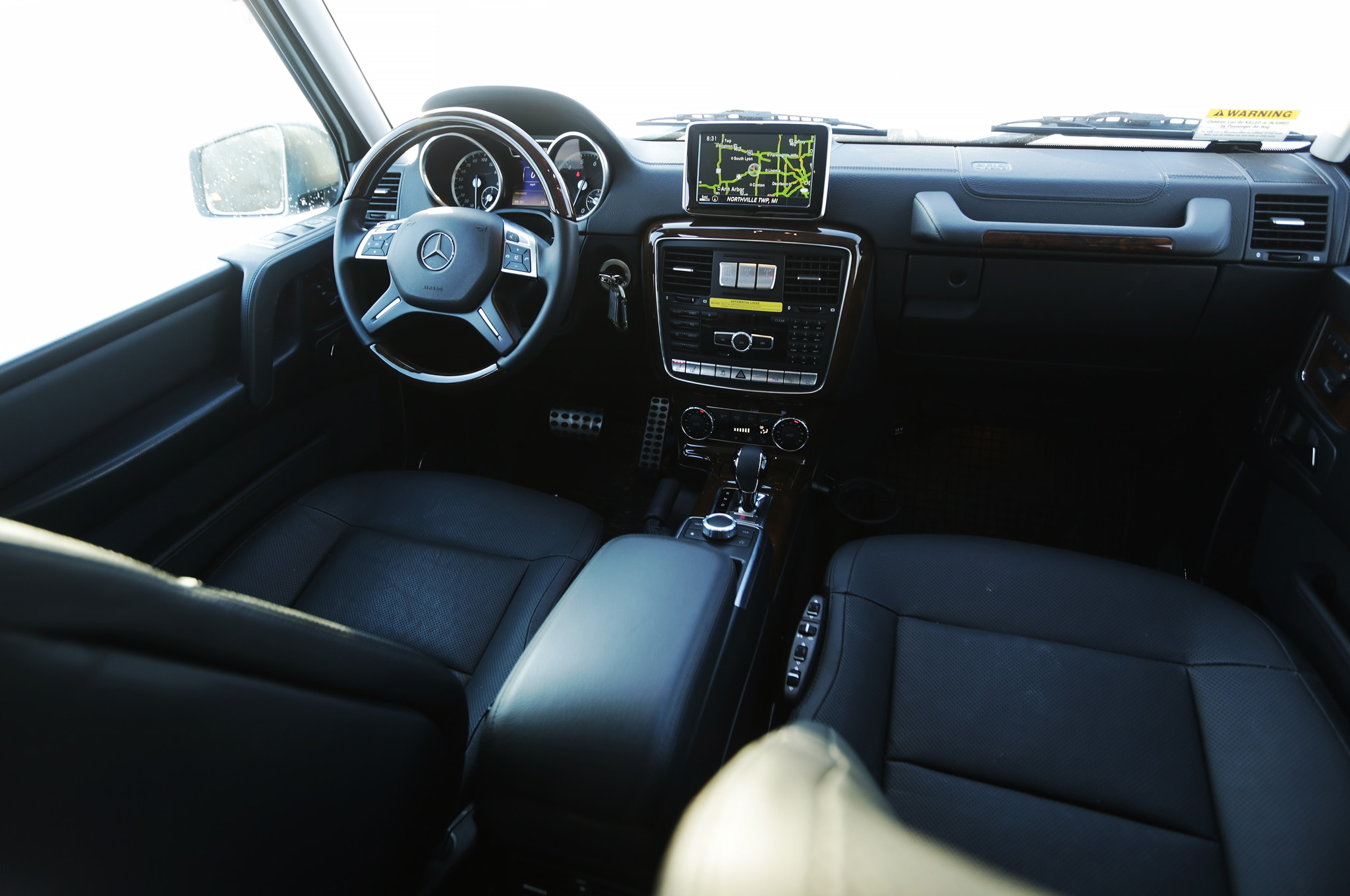 2015 mercedes benz g550 cockpit 02
