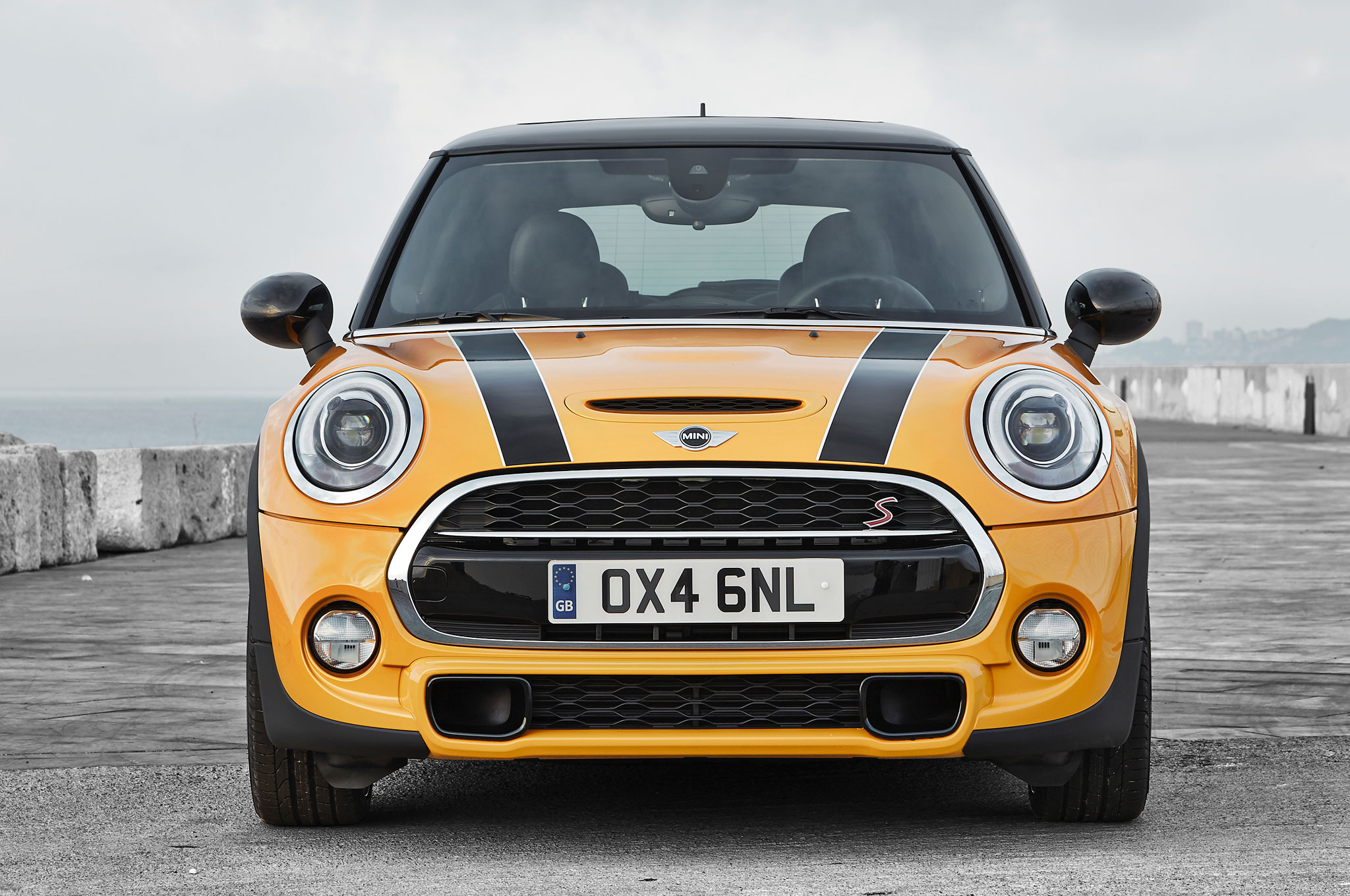 2015 Mini Cooper S front profile report 2015 mini cooper jcw to get 231 hp from new engine