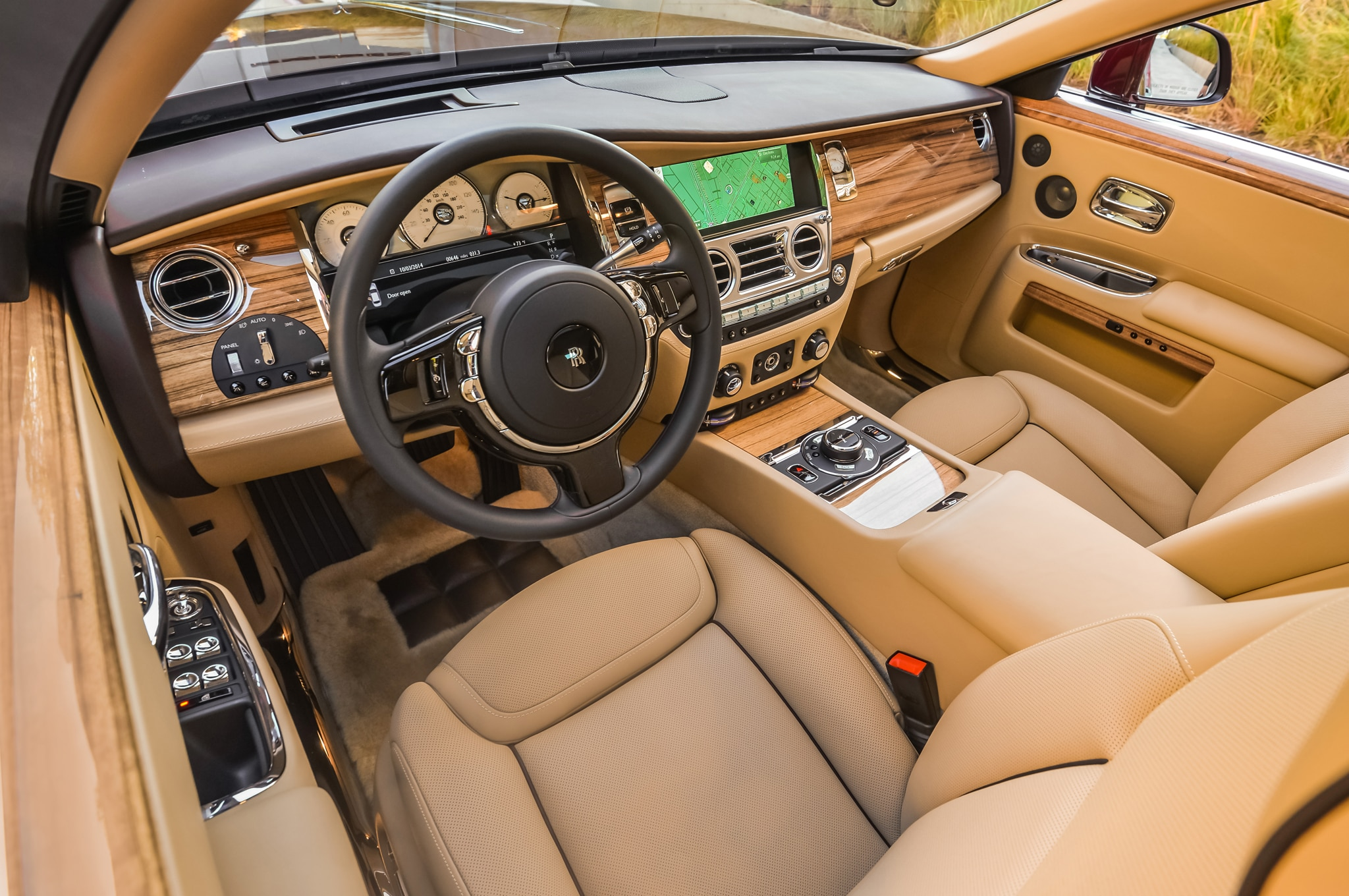 Rolls royce unveils suhail collection for phantom wraith for Rolls royce ghost interior