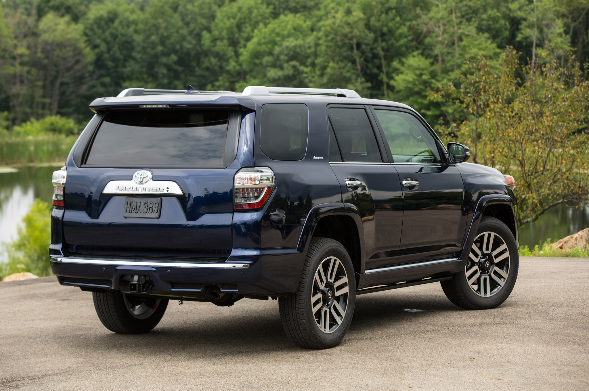 toyota and tonka team up for radical toy inspired 4runner. Black Bedroom Furniture Sets. Home Design Ideas