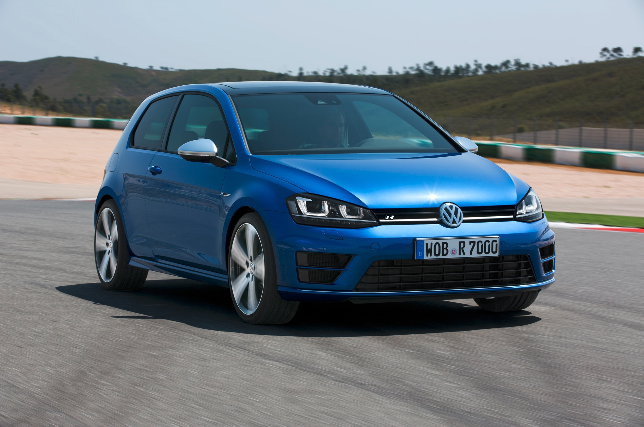 2015 Volkswagen Golf Launch Edition Priced at 18815