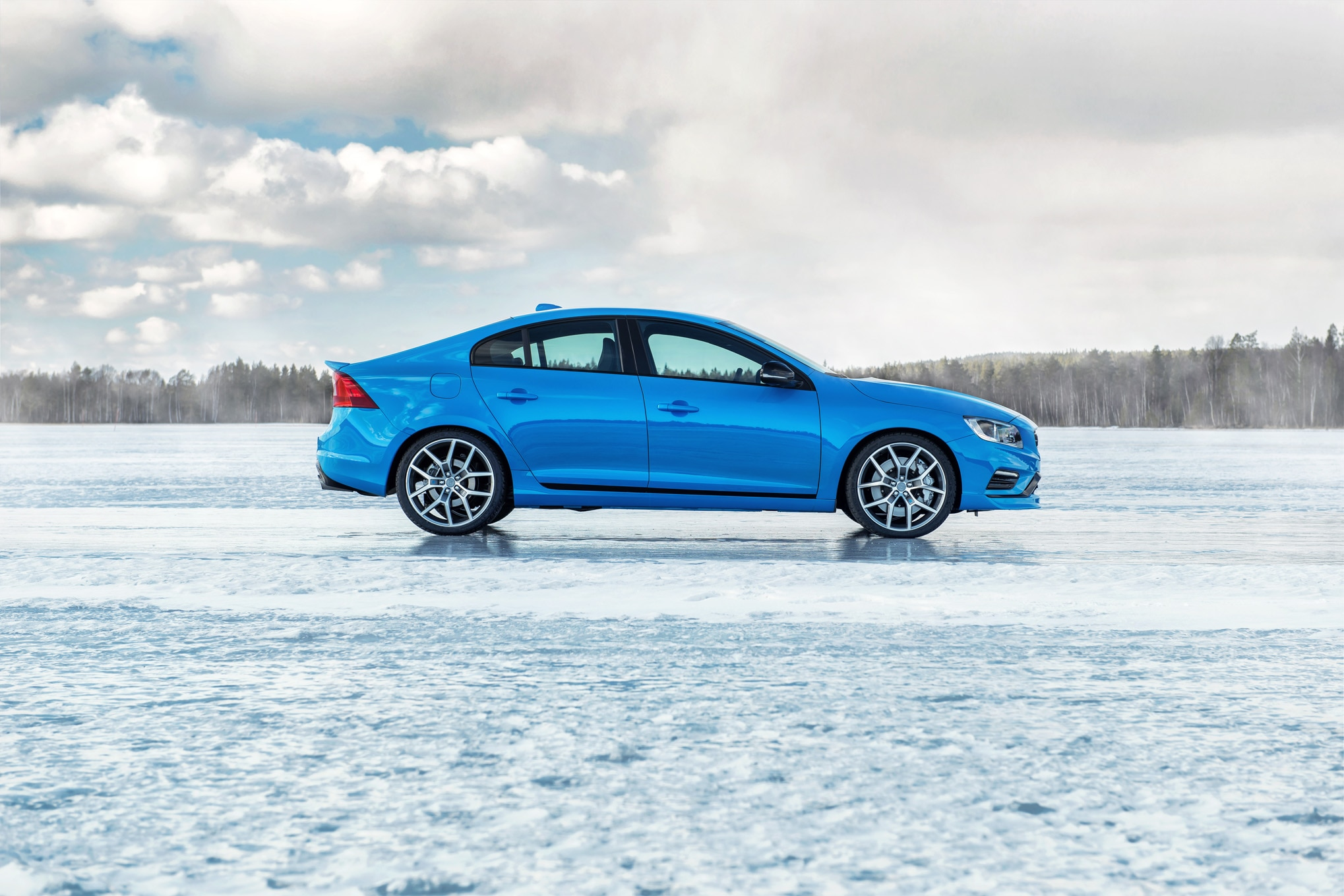 polestar sold front quarter three almost out u motion motor volvo priced news trend in s