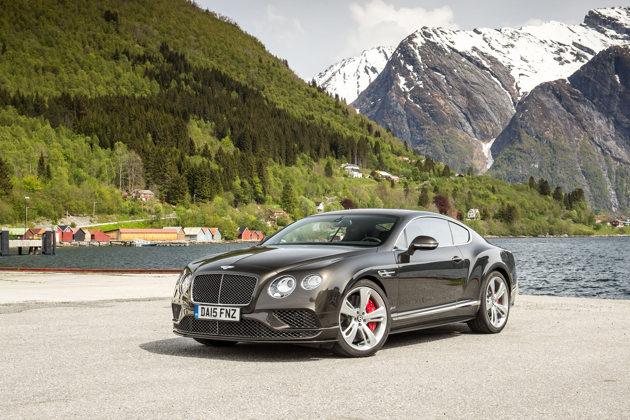 against the tide at 200 mph in a bentley continental gt speed. Black Bedroom Furniture Sets. Home Design Ideas