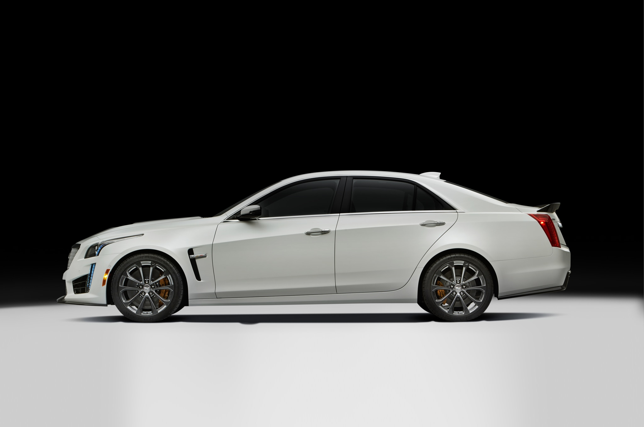 Luxury Alive And Kicking 2016 Cadillac CTSV Review