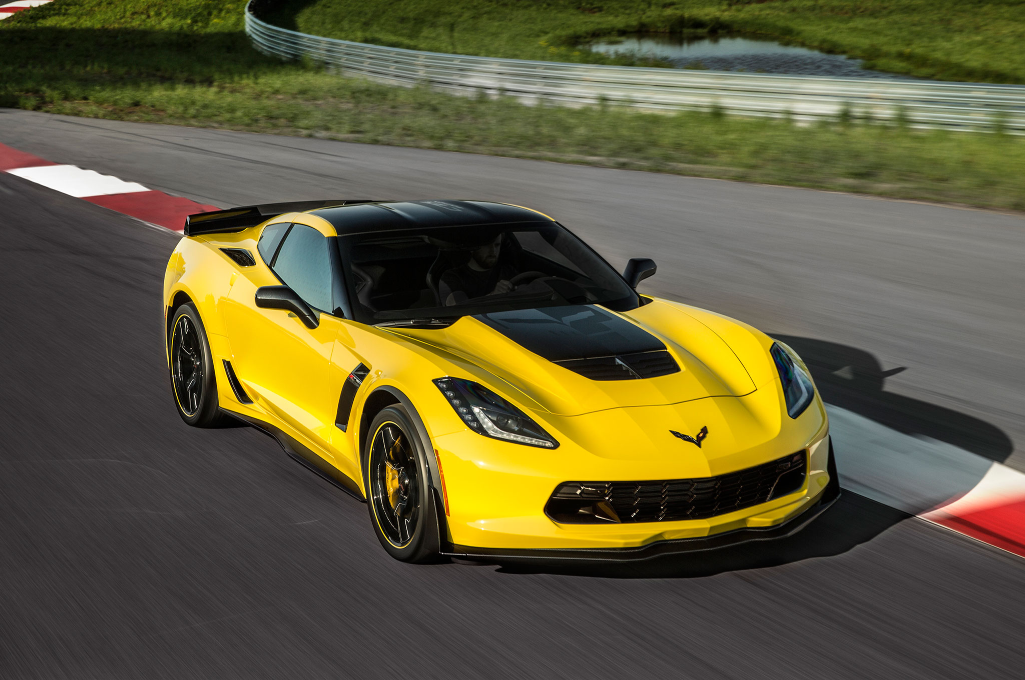 2016 Chevrolet Corvette Z06 C7R Edition Front Three Quarter Motion
