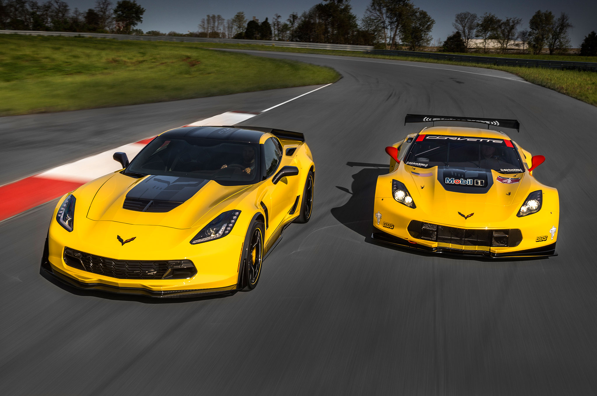 2016 Chevrolet Corvette Z06 C7R Edition With Racing Car 1