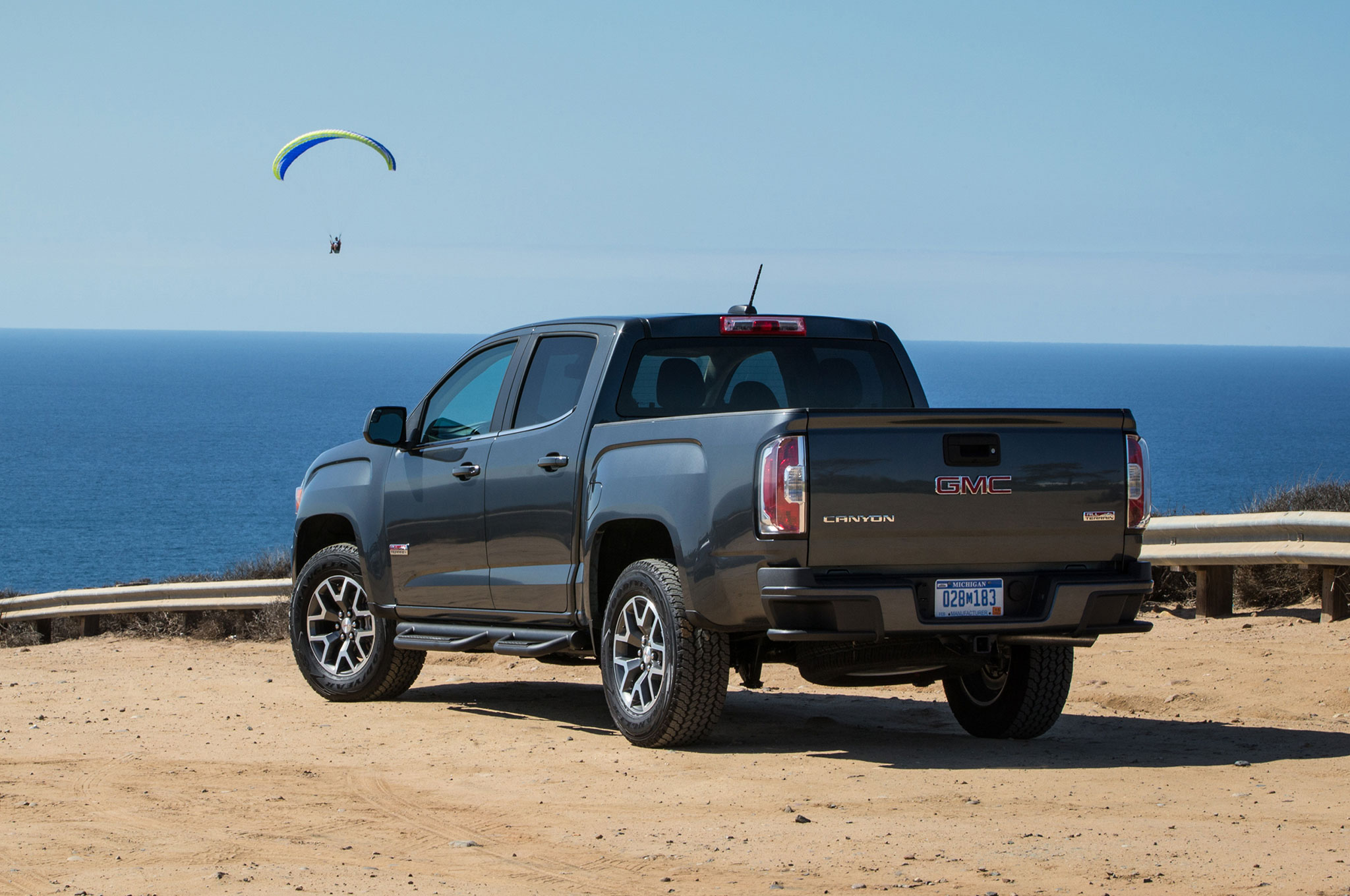 2016 gmc canyon all terrain rear three quarter