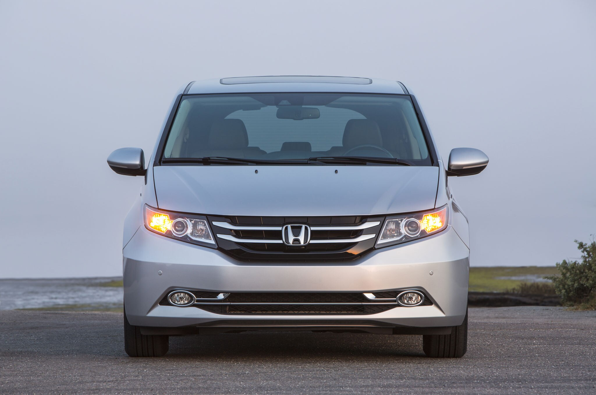 2016 honda odyssey adds se trim with more standard features. Black Bedroom Furniture Sets. Home Design Ideas