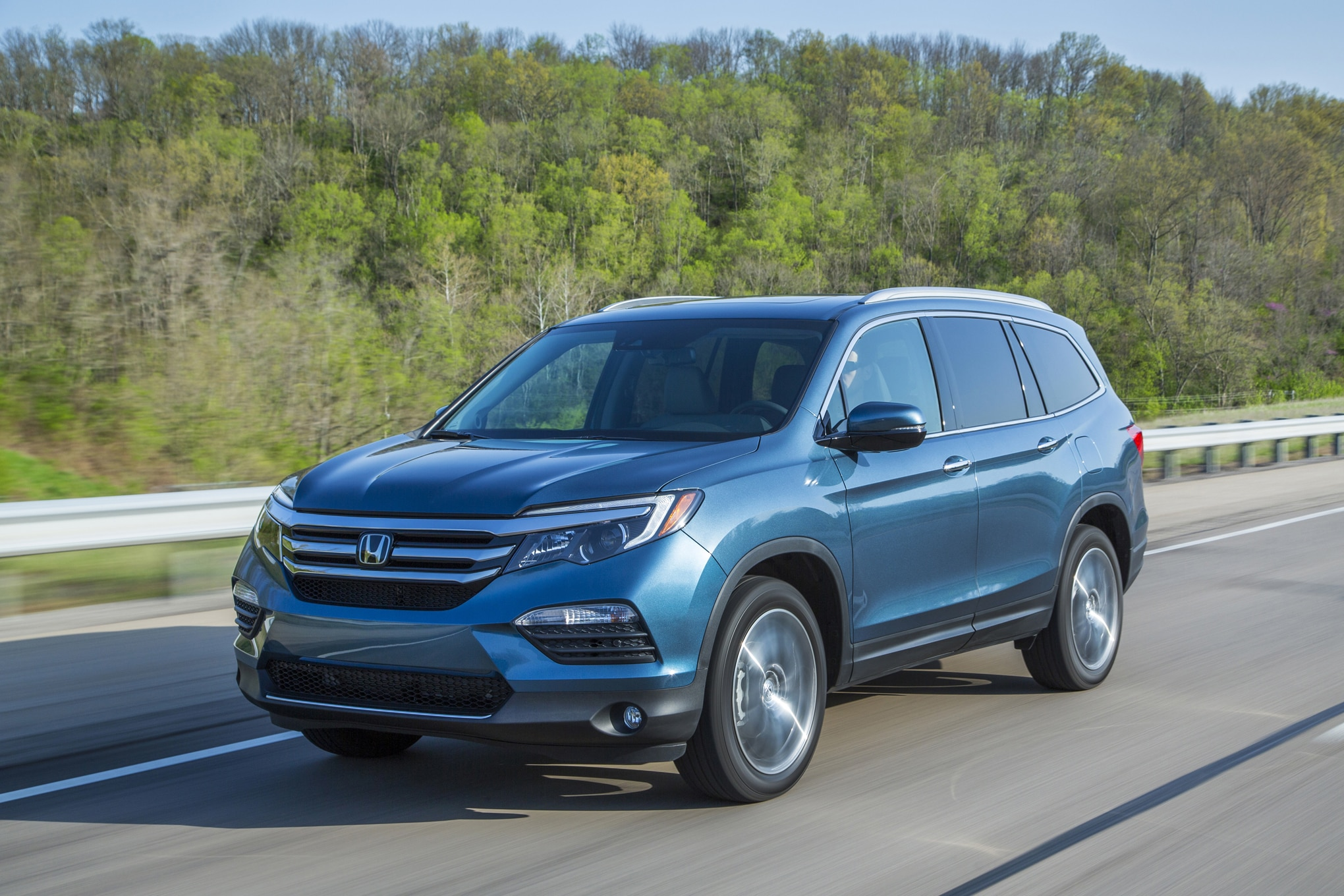 2016 honda pilot full pricing announced. Black Bedroom Furniture Sets. Home Design Ideas